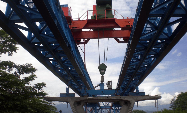 公共工程 地偉達 印尼 高速公路 開放式 50噸 門型 吊車 主機