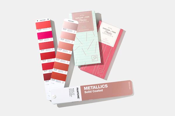 Escala Pantone Metallics Coated - GG1507A