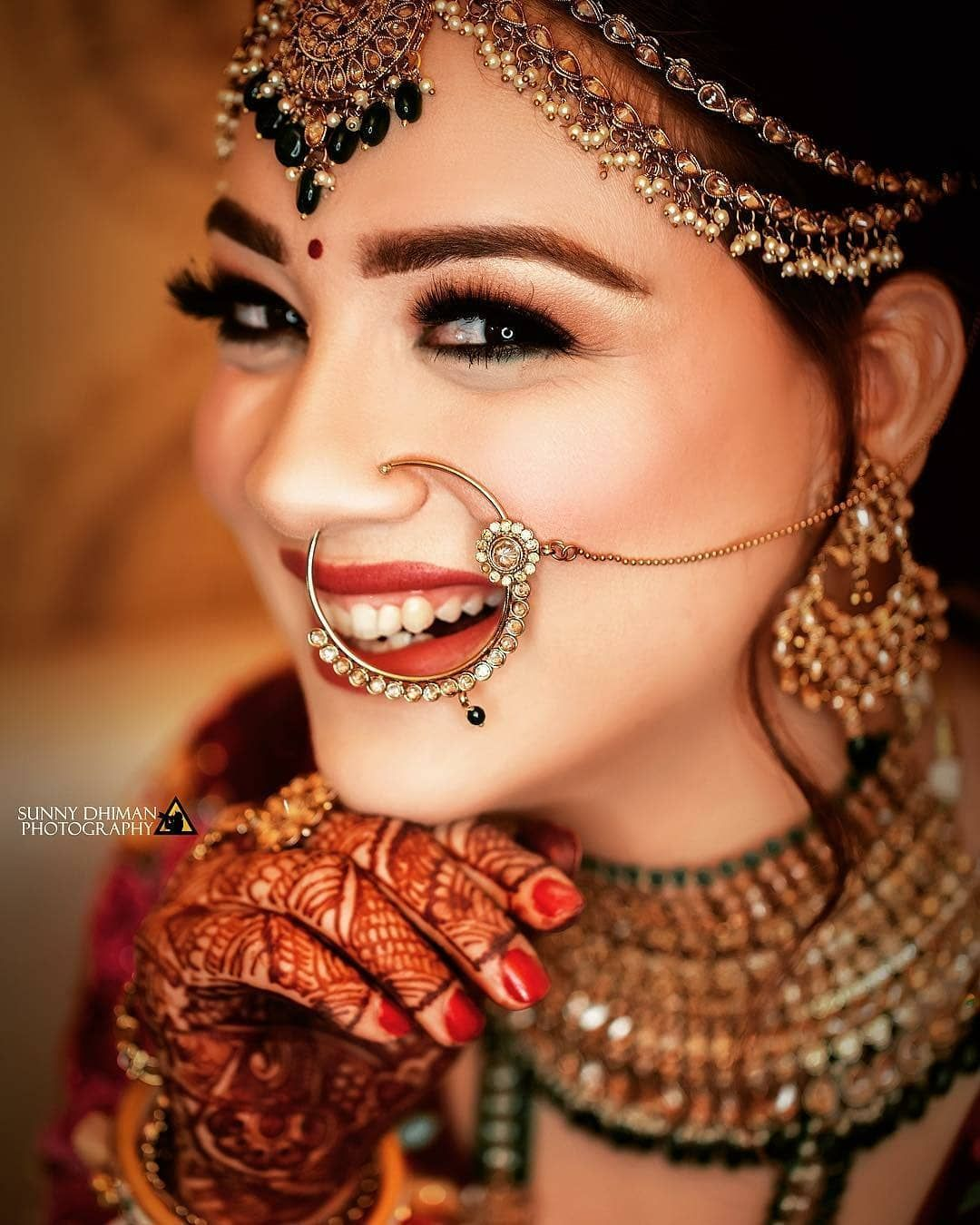 Bridal Fashion & Photographic Make up Artist