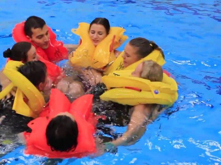 AIMFILL INTERNATIONAL SEVEN STAR CABIN CREW COURSE swimming training