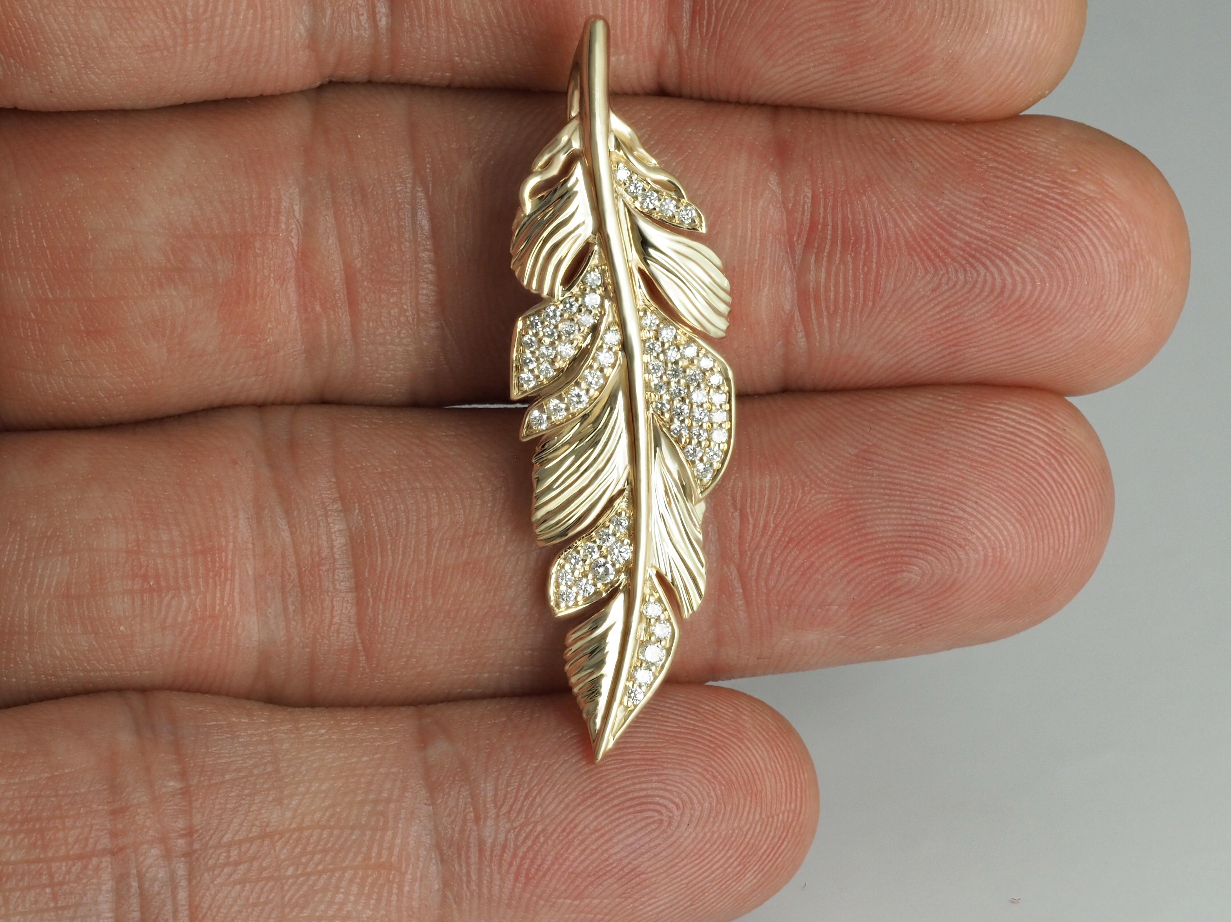 Yellow Gold Pendant Feather Diamonds
