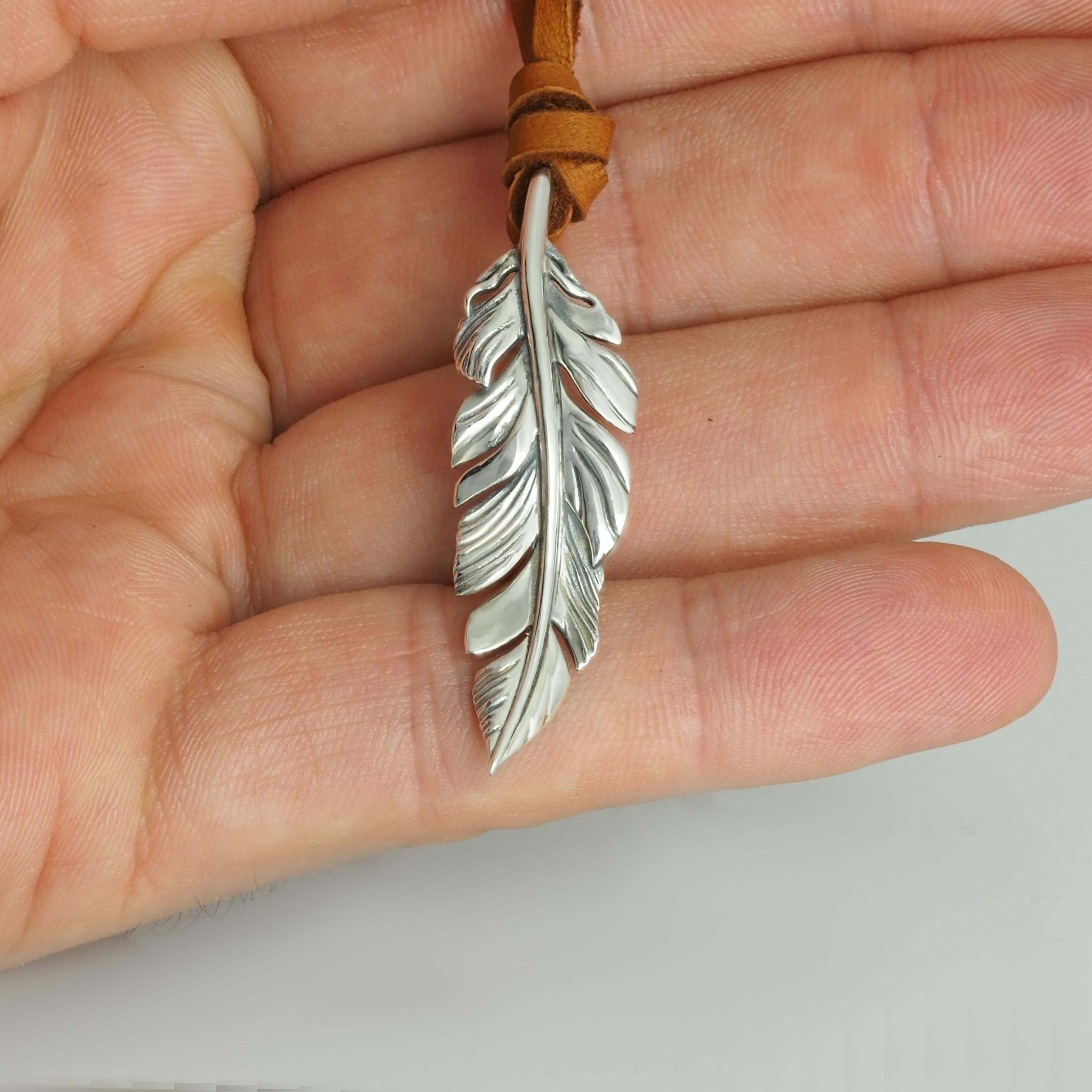 Pendant Feather