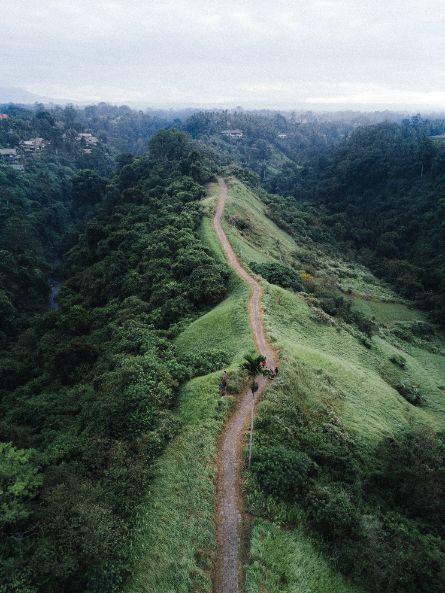 mountain walk ridge