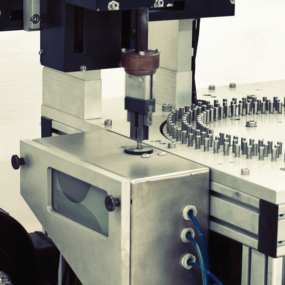 Пескоструйная обработка имплантатов DIF