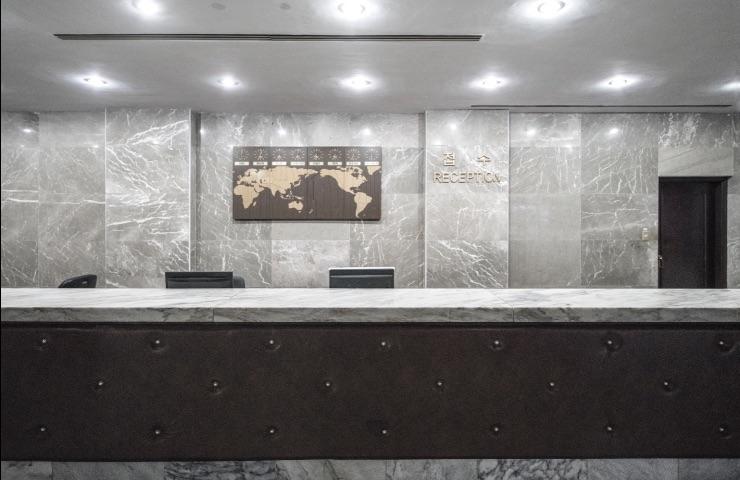 pantallas para hoteles