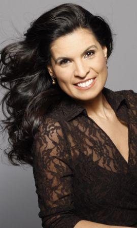 Daniella Carvalho, soprano