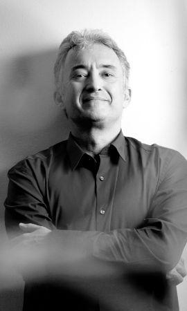O compositor João Guilherme Ripper