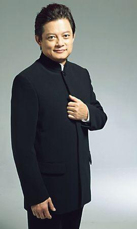Warren Mok, tenor