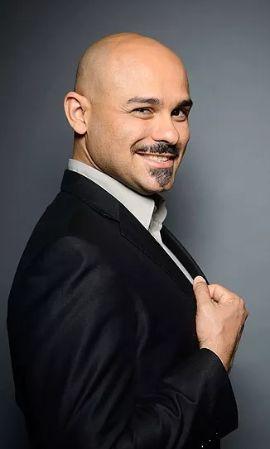 Max Jota, tenor