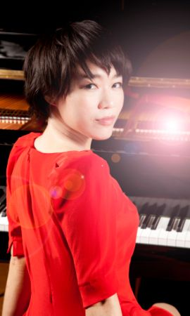 Ching-Yun Hu, pianista