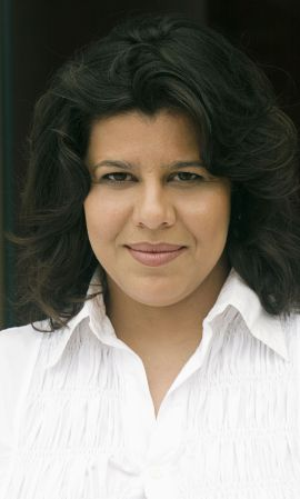 Elayne Caser, soprano