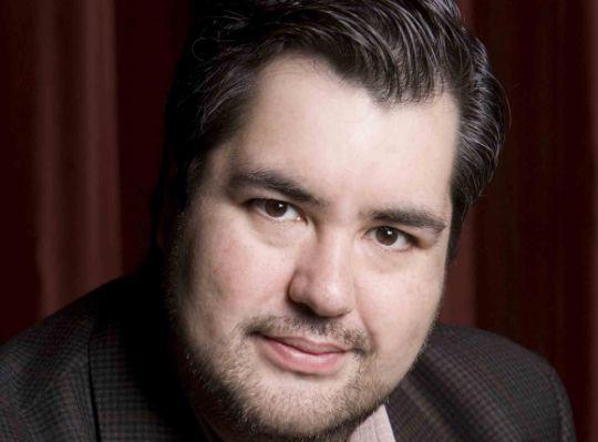 Ricardo Tamura, tenor