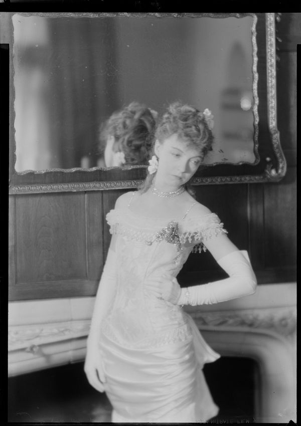Lillian Gish in Camille by Laura Gilpin Amon Carter Museum 5